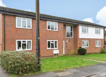 Thumbnail 2 bed flat to rent in Brays Meadow, Hyde Heath