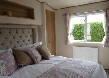 Thumbnail 2 bedroom mobile/park home for sale in Shottendane Road, Margate, Kent