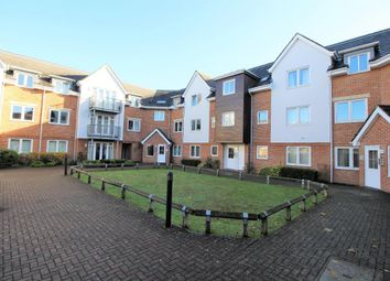 Thumbnail 3 bed flat for sale in Old Dairy Close, Fleet