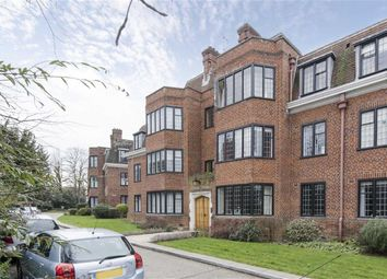 Thumbnail 2 bedroom flat for sale in Newnham House, Manor Fields, Putney
