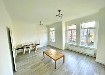 1 bed maisonette to rent in Smallwood Road, Tooting Broadway, London SW17