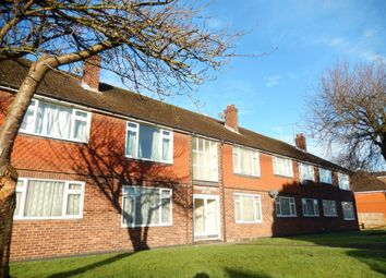 Thumbnail 2 bed flat to rent in Anchor Meadow, Farnborough