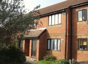 Thumbnail 1 bed flat to rent in Boltons Lane, Harlington, Hayes