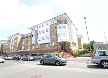 Thumbnail 1 bedroom flat to rent in Homesdale Road, Bromley
