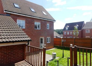 Thumbnail 6 bed detached house to rent in Emmerson Drive, Clipstone Village, Mansfield