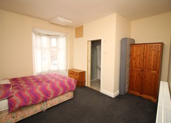 Thumbnail 4 bed shared accommodation to rent in Wentworth Road, Doncaster