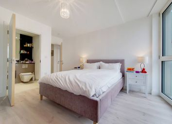 Thumbnail 2 bed flat to rent in Telegraph Avenue, Greenwich, London