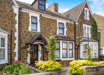 Thumbnail 5 bed terraced house for sale in Greevegate, Hunstanton