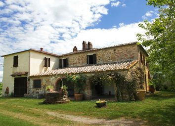 Thumbnail 1 bed farmhouse for sale in Via Dell'annesso, Trequanda, Siena, Tuscany, Italy