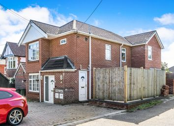 Thumbnail 2 bed flat for sale in Kanes Hill, Southampton