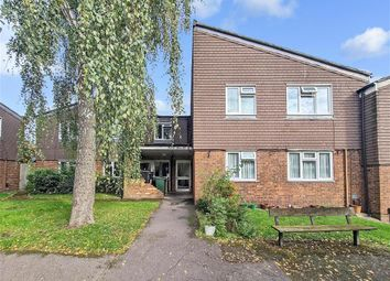 Thumbnail Flat for sale in Farthings Close, London