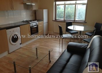 Thumbnail 2 bed flat to rent in Bowes Road, New Southgate