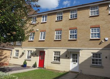 Thumbnail 3 bed town house for sale in Frobisher Gardens, Chafford Hundred, Grays