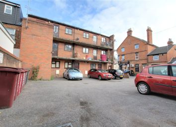 Thumbnail 2 bed flat to rent in Oxford Road, Reading, Berkshire