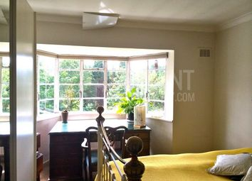Room to rent in Aylmer Road, London, United Kingdom N2