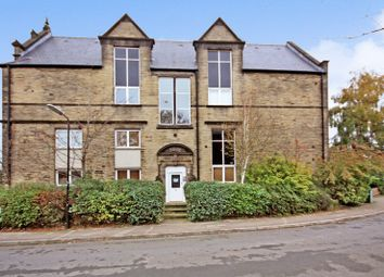 Thumbnail 2 bed flat for sale in 31 Farrar Court, Leeds
