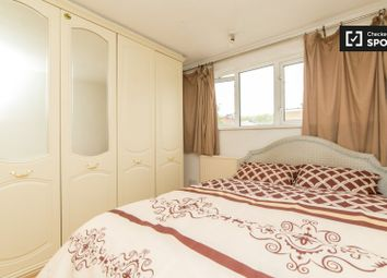 Thumbnail 4 bed shared accommodation to rent in Poplar High Street, London