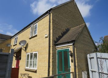 Thumbnail 1 bed property to rent in Wesley Walk, High Street, Witney