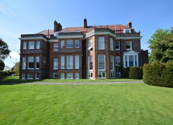 Thumbnail 1 bed flat to rent in Peppard Road, Emmer Green, Reading