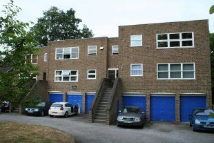 Thumbnail 2 bed flat to rent in Lee Road, Blackheath