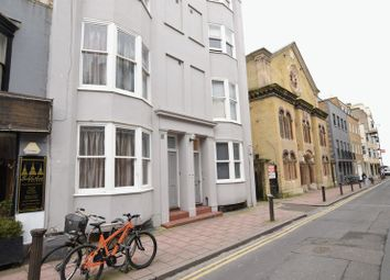 1 bed flat to rent in Middle Street, Brighton BN1