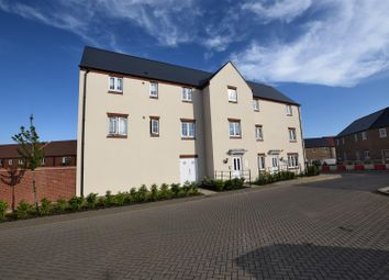 Thumbnail 2 bed flat for sale in Fontwell Road, Bicester