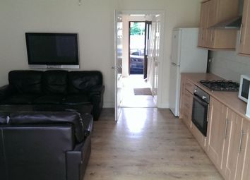 Thumbnail 4 bed property to rent in Raglan Street, Hull