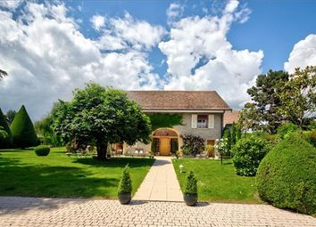 Thumbnail 5 bed property for sale in Vaud, Switzerland