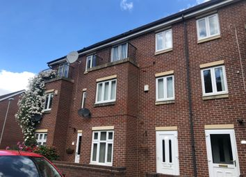3 bed town house to rent in Greenock Crescent, Wolverhampton WV4
