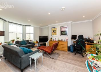 2 bed flat to rent in Selborne Road, Hove BN3