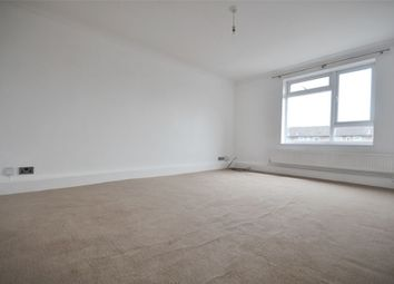 2 bed maisonette to rent in Clements Road, Walton-On-Thames, Surrey KT12