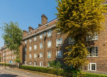 Thumbnail 3 bed maisonette for sale in Templecombe Road, London