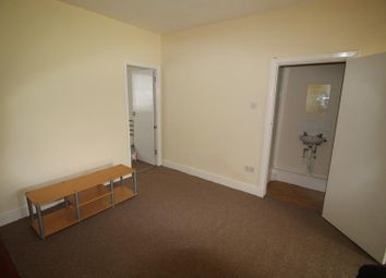 Thumbnail 1 bedroom flat to rent in Eton Avenue, Wembley, Middlesex
