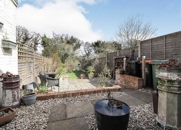 Thumbnail 3 bed terraced house for sale in Summer Street, Slip End, Luton