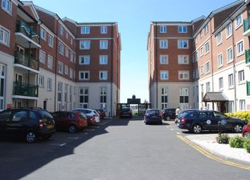 Hamlet Court Road, Westcliff-On-Sea SS0. 2 bed property