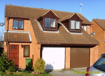 Thumbnail 2 bed town house to rent in Maun Crescent, Ollerton, Nottinghamshire