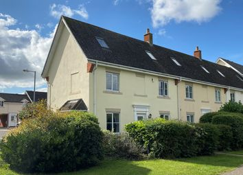 4 bed end terrace house for sale in Dove Lane, Chelmsford CM2