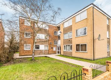Thumbnail 2 bed flat for sale in Bishops Walk, Aylesbury