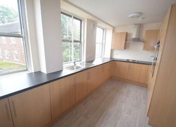 Thumbnail 6 bed flat to rent in High Street, Newport