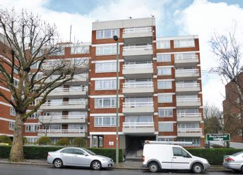 Thumbnail 3 bed flat to rent in Mayflower Lodge, Regents Park Road N3,