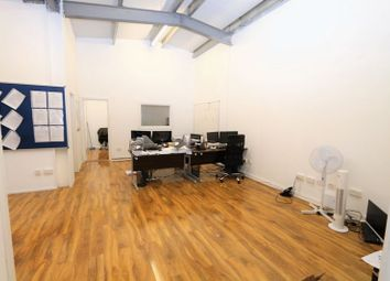 Thumbnail Commercial property to let in Raven Road, London