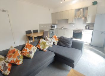 Thumbnail 3 bed flat to rent in Union Place, West End, Dundee