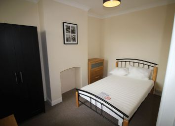 Thumbnail Room to rent in Shelley Street, Swindon
