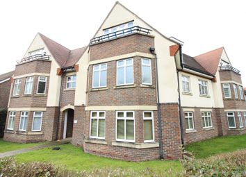 Thumbnail 2 bed flat for sale in Forest Road, Effingham
