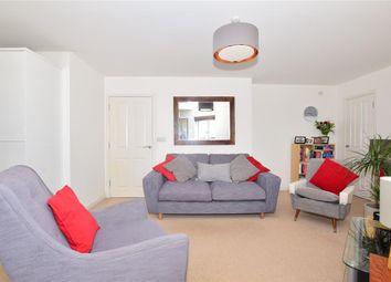 Crabapple Road, Tonbridge, Kent TN9. 2 bed flat