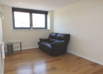 Thumbnail 1 bed flat to rent in City Walk, 1 Sylvester Street