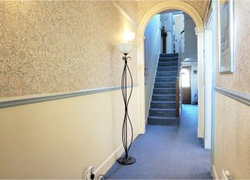 Thumbnail 5 bed terraced house for sale in Woodhouse Cliff, Leeds