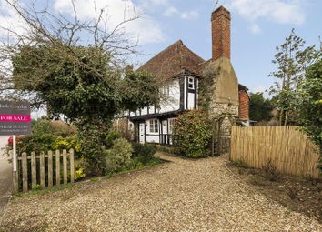 Hale Street, East Peckham, Tonbridge TN12. 3 bed end terrace house for sale