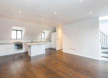 Thumbnail 2 bed property to rent in Kelfield Mews, London