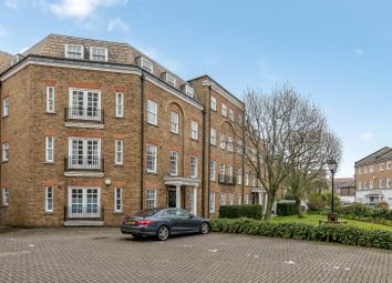 Thumbnail 2 bedroom flat to rent in Regents Bridge Gardens, London